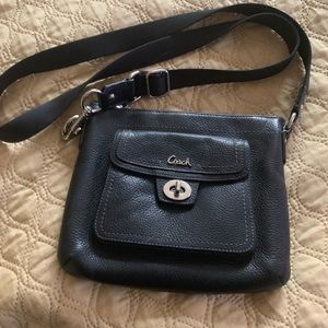 Coach  crossbody! Zips on top! 100% Authentic